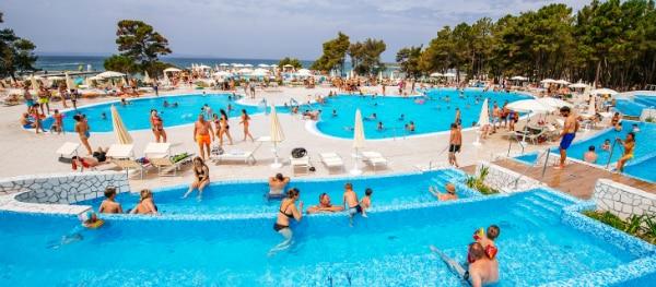 Piscine avec vue sur la mer - Zaton Holiday Resort